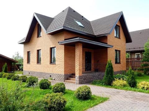 Кирпичный коттедж 140 кв.м. в д. Зверево (г. Москва) на Киевском шоссе