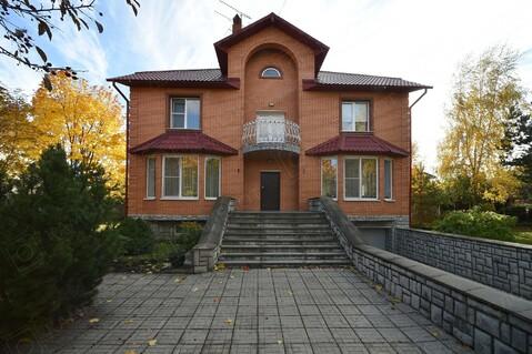Продается добротный дом 379 кв.м в г.Краснознаменске