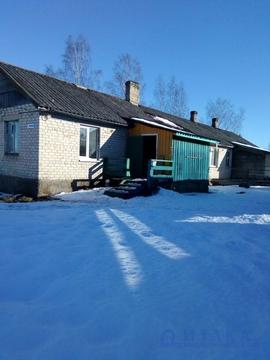 Продам 1/2 дома в жилой деревне