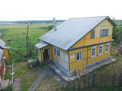 Жилойдом 2001 года постройки площадью96 кв.м в обжитой деревне. .