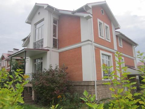 Продается загородный дом в охраняемом поселке в пригороде МО