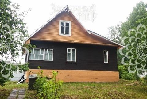 Дачный дом в живописной деревне.
