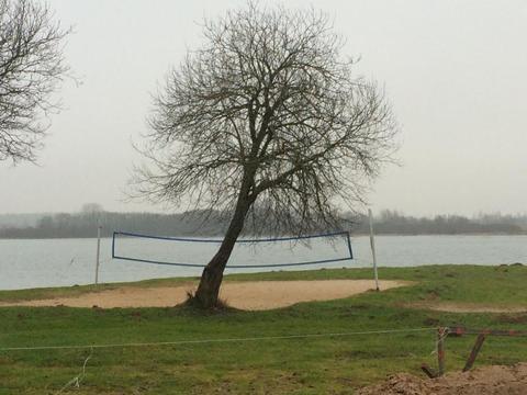 Большие Горки берег озера