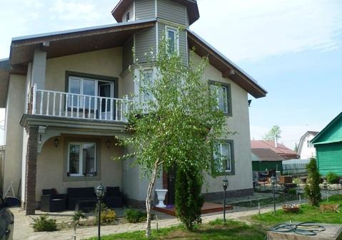 Продается 3х этажный дом 175 кв.м.на участке 5 соток