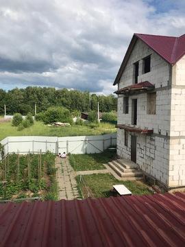 Продам участок с домом у леса на солнечной стороне.