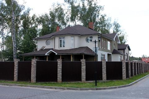 Большой дом в лучшем поселке бизнес класса Гайд Парк на Калужском ш.