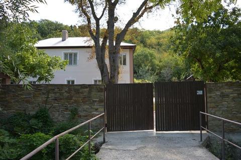 Уютная усадьба в урочище Широкая Балка. Прекрасные условия для жизни.