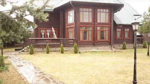 В аренду предлагается красивый деревянный дом 592 кв.м на Ильинском .