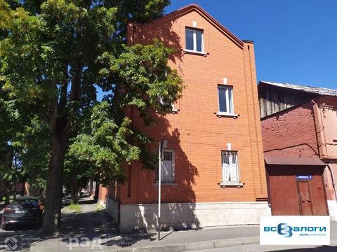 Дом в г. Владикавказ, площадью 302,4 кв. м