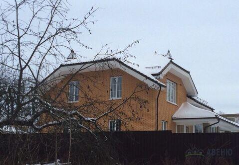 Капитальный дом 220 кв.м. кирпичный на участке 11 соток в центре г. .