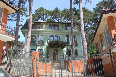 Уютный дом в живописном поселке Горный