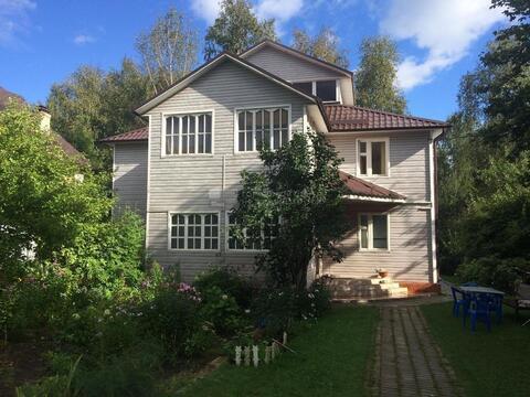 Дом 240 кв.м, на участке 8 соток по Дмитровскому шоссе, 5 км. от МКАД, .