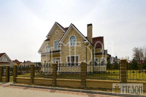 Продается дом в коттеджном поселке Гайд Парк