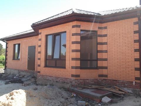 (04391-107).Продается в районе зжм новый кирпичный дом