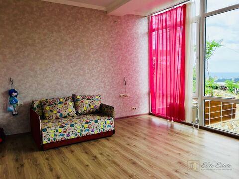 Продаётся видовой дом в стиле хай-тек в Ялте.