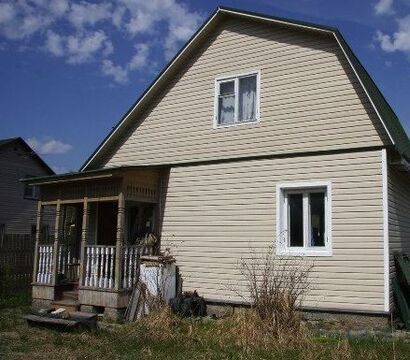 Дачный дом 100 кв.м. , 6 соток. Автобусная остановка 10 минут пешком, .