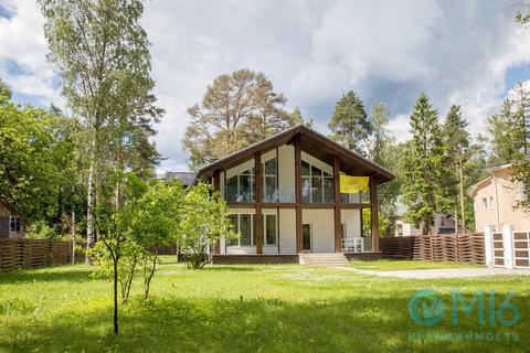 Двухэтажный дом в Зеленогорске