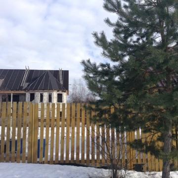 Поместье в деревне Боровского района.