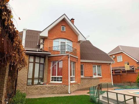 Продается дом в г. Таганроге, сжм, район ТЦ Арбуз. 2013 года постройки