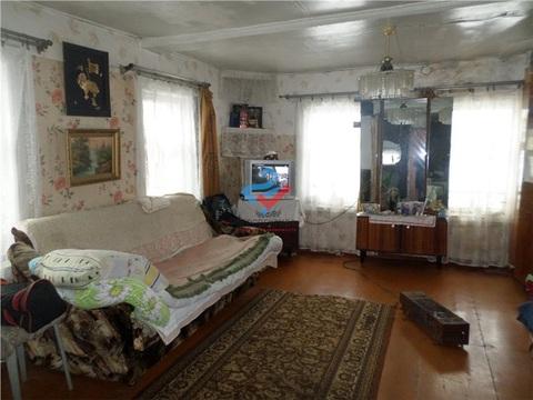 Продается участок с жилым бревенчатым домом в с. Жуково