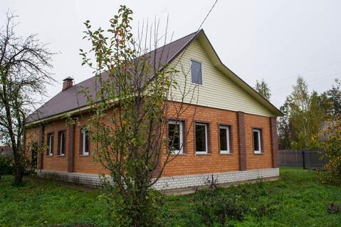 Жилой дом с участком с выходом на реку.