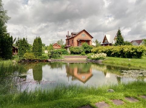 Продается дом 302 кв.м. на участке 36 соток в д.Надовражино .