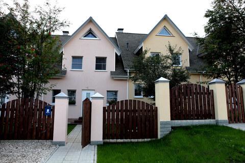 Продается 3-х уровневая квартира в таунхаусе г. Кольчугино
