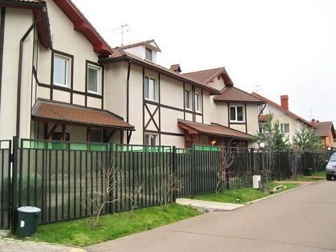 Таунхаус 230 кв.м с участком 4,3 сот в кп рядом с ЗЕЛАО г. Москвы