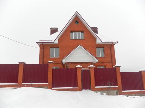 Трехэтажный дом под отделку в черте г.Александрова
