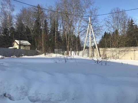 Участок 6 сот. , Минское ш, 35 км. от МКАД. поселок Петелино