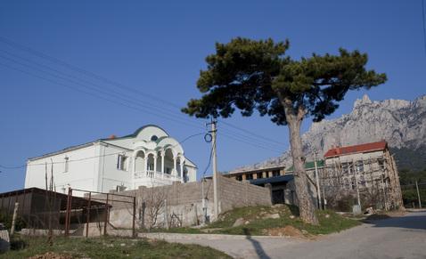 Дом в Ялте пос. Кореиз.