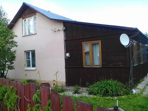 Продаётся 2-эт. кирпичный дом