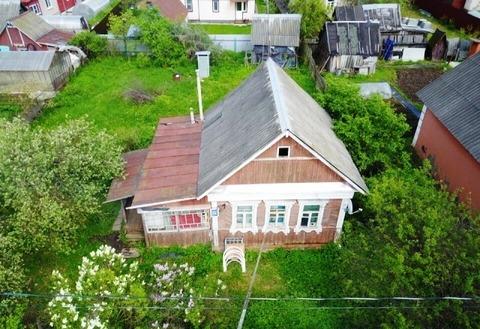 Продается деревянный дом 50 кв. м на участке 5. 8 соток