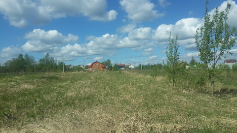 В селе Покровское Рузский район пррдается участок земли