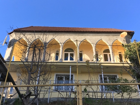 Коттедж в Сочи с ремонтом и мебелью