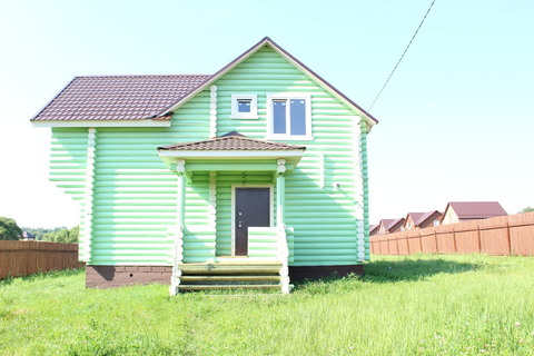 Площево. Новый дом из оцилиндрованного бревна в деревне с хорошей инфр