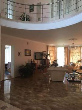 Продам дом 2-х этажный пер. Спартака