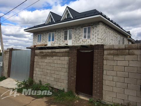 Продаётся часть дома с участком.