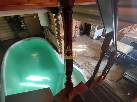 Коттедж из дерева с банкетным залом, русской баней и бассейном
