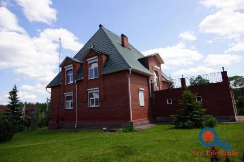 Кирпичный дом в Петелино