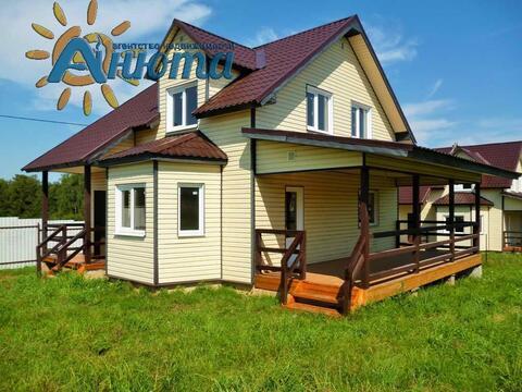Продается дача в коттеджном поселке Лесные озера Калужской области.