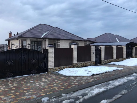 Продажа дома, Дубовое, Белгородский район, Фионитовая