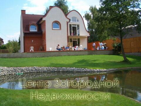 Дом, Симферопольское ш, 7 км от МКАД, Щербинка, коттеджная застройка. .