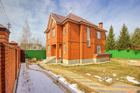 Кирпичный дом в уютном поселке на Рублевке по разумной цене
