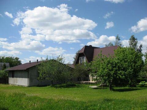 Уникальный жилой дом 272 м2, с гаражом, на ухоженном участке 15 .