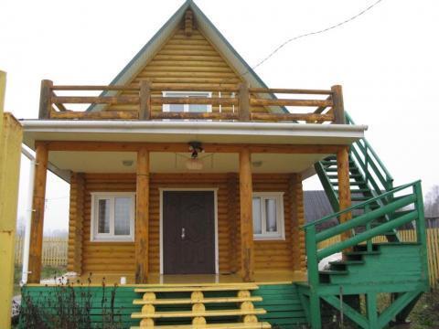 Новый дом, полностью готовый для жизни прямо на берегу огромного озера