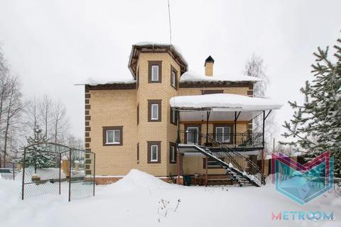 Коттедж 500 кв.м. на участке 9 соток, м-н Голованово