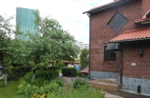 Прекрасный кирпичный жилой дом в Красногорске, мкр-н Павшино, .