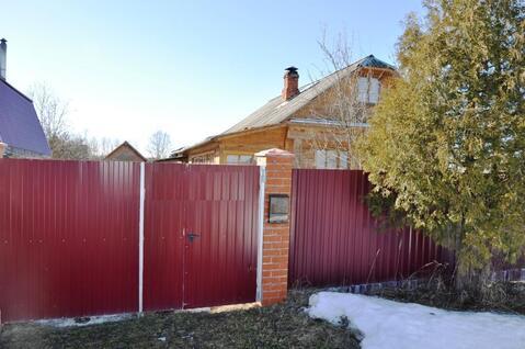 Дом 80 кв.м. в жилой деревне, баня, забор, участок 50 соток.