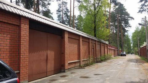 Дом 460м и 25сот земли в Малаховке